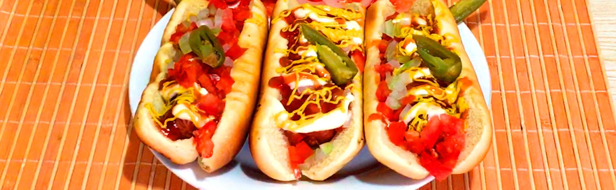 La Antojadera | Hot Dog al Carbón