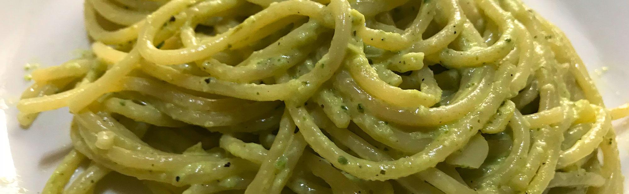 La Antojadera | Espagueti Poblano