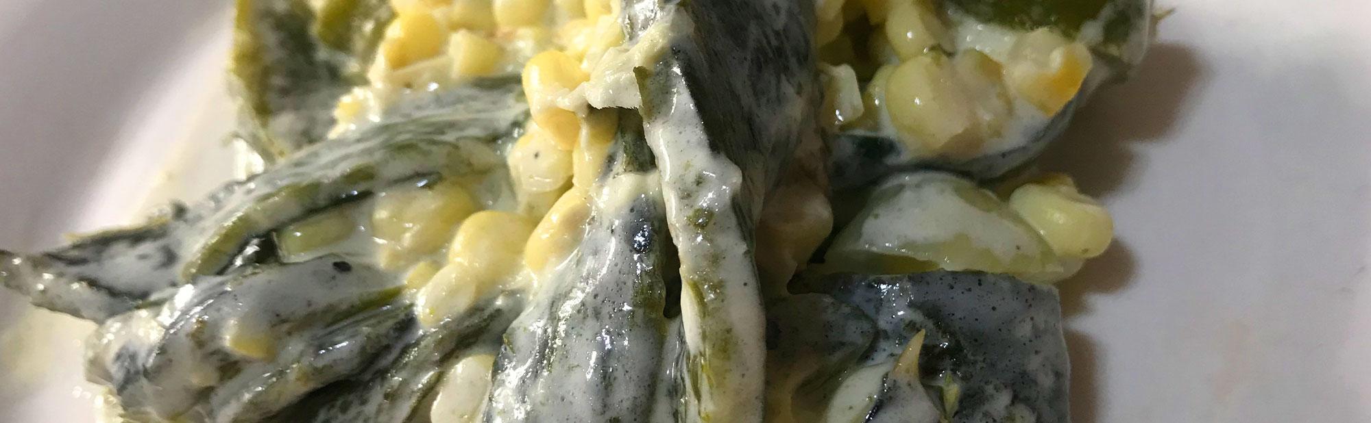 La Antojadera | Rajas con Elote y Crema