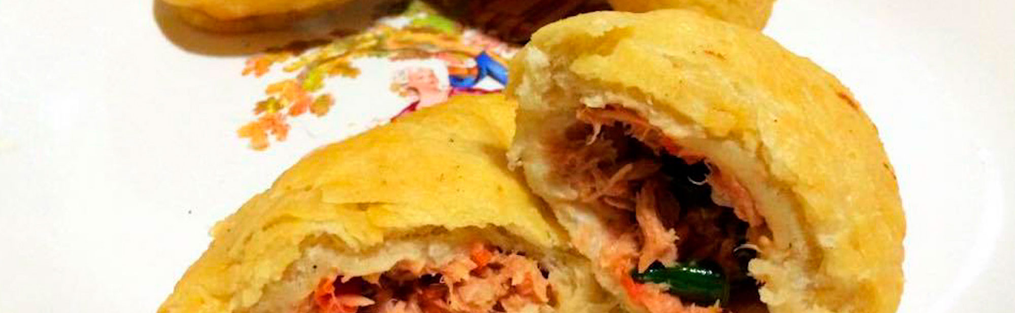 La Antojadera | Empanadas Fritas