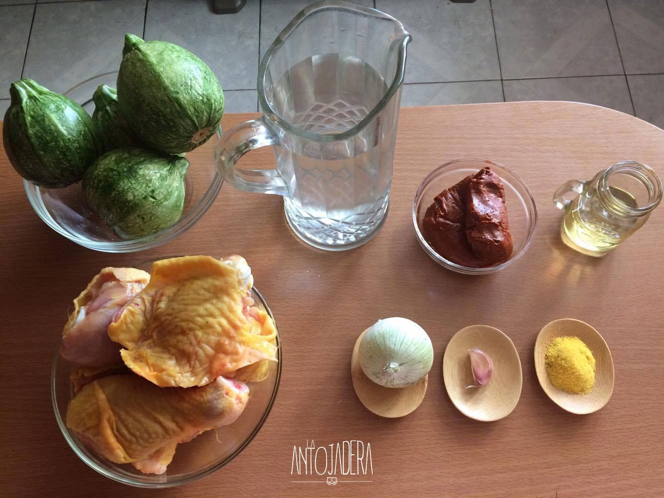 La Antojadera |Pollo en Pipián con Chilacayotes