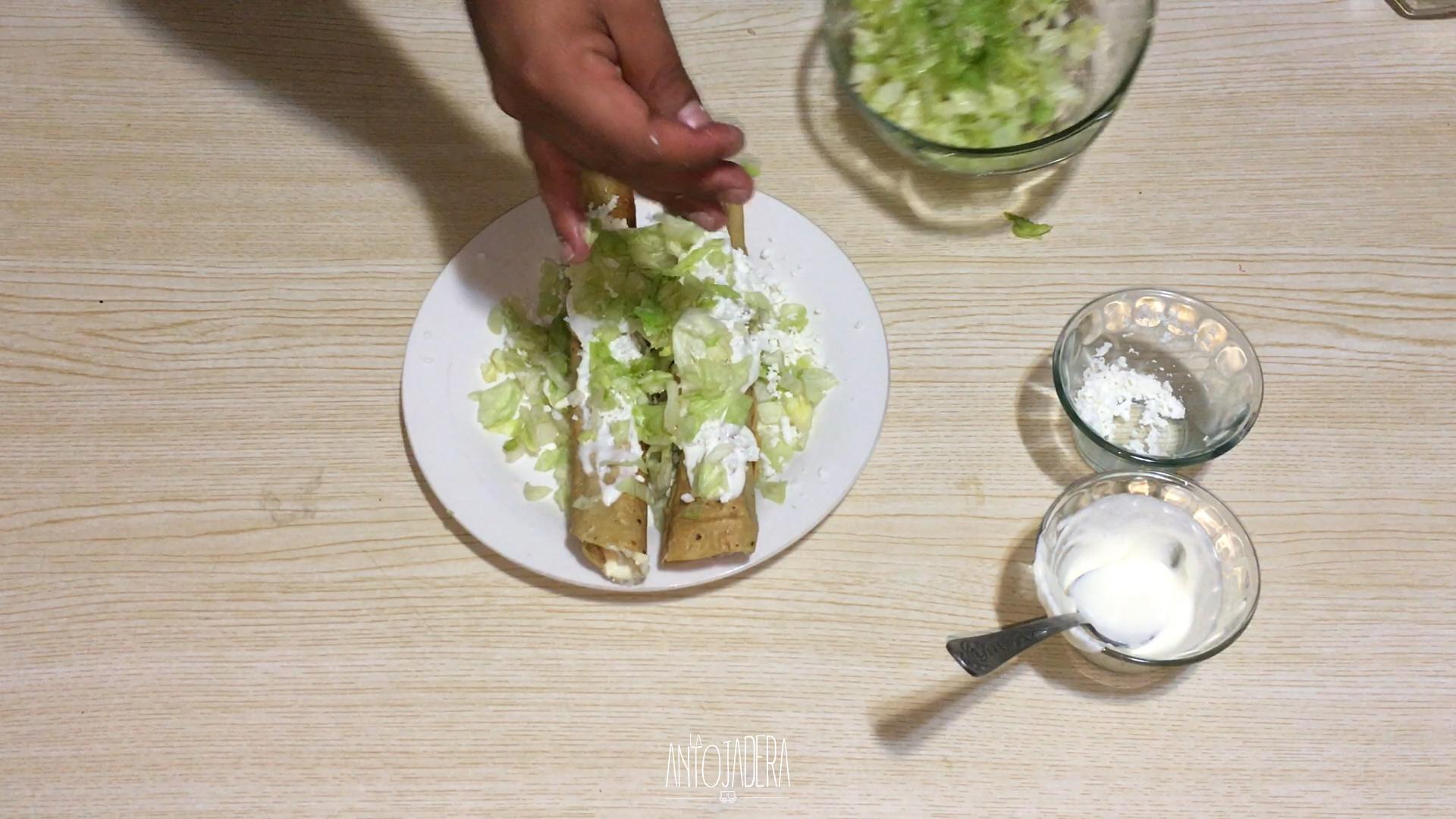 La Antojadera | Flautas de Jamón con Queso