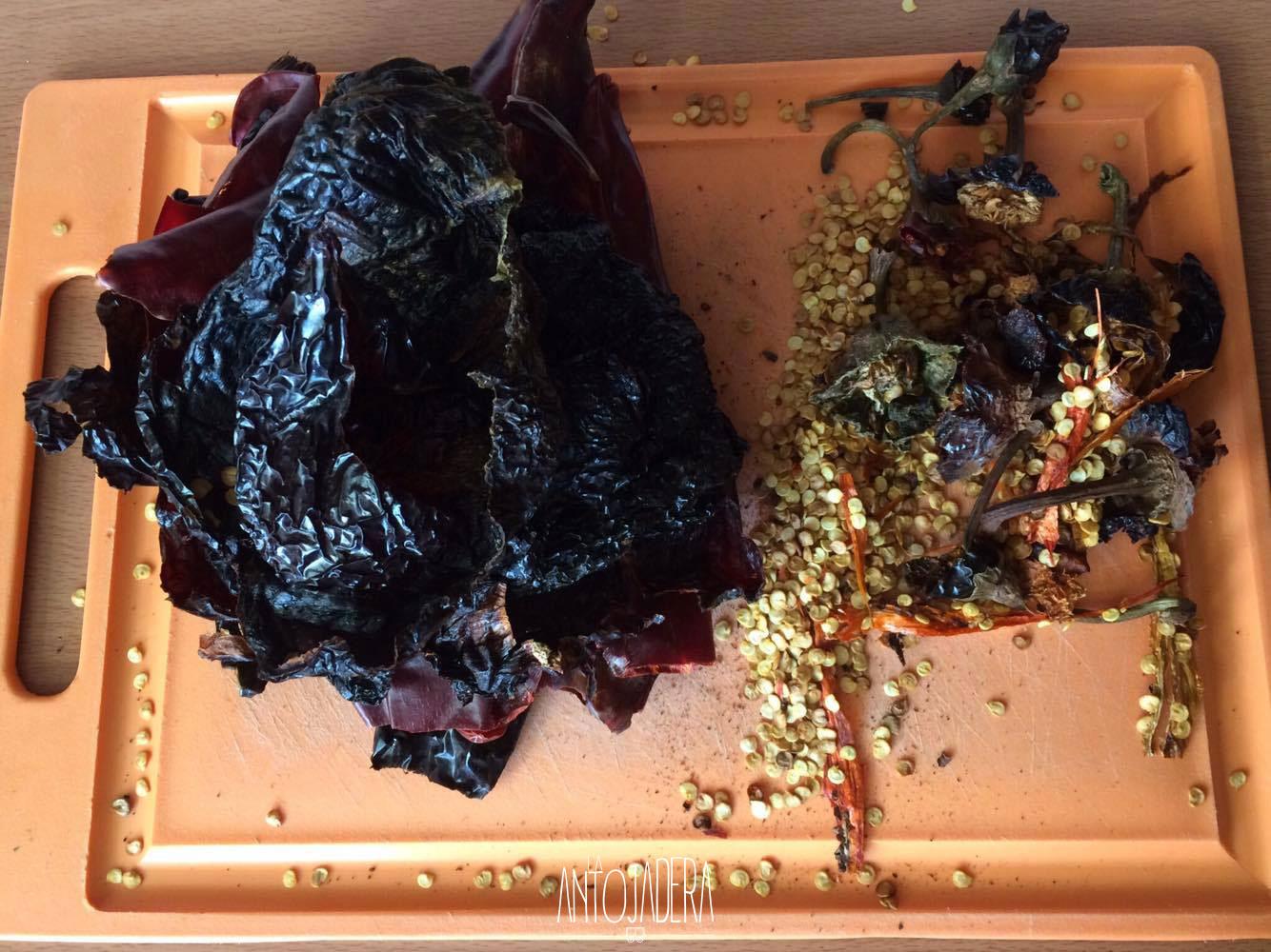 La Antojadera | Chuleta de Cerdo en Salsa de 3 Chiles