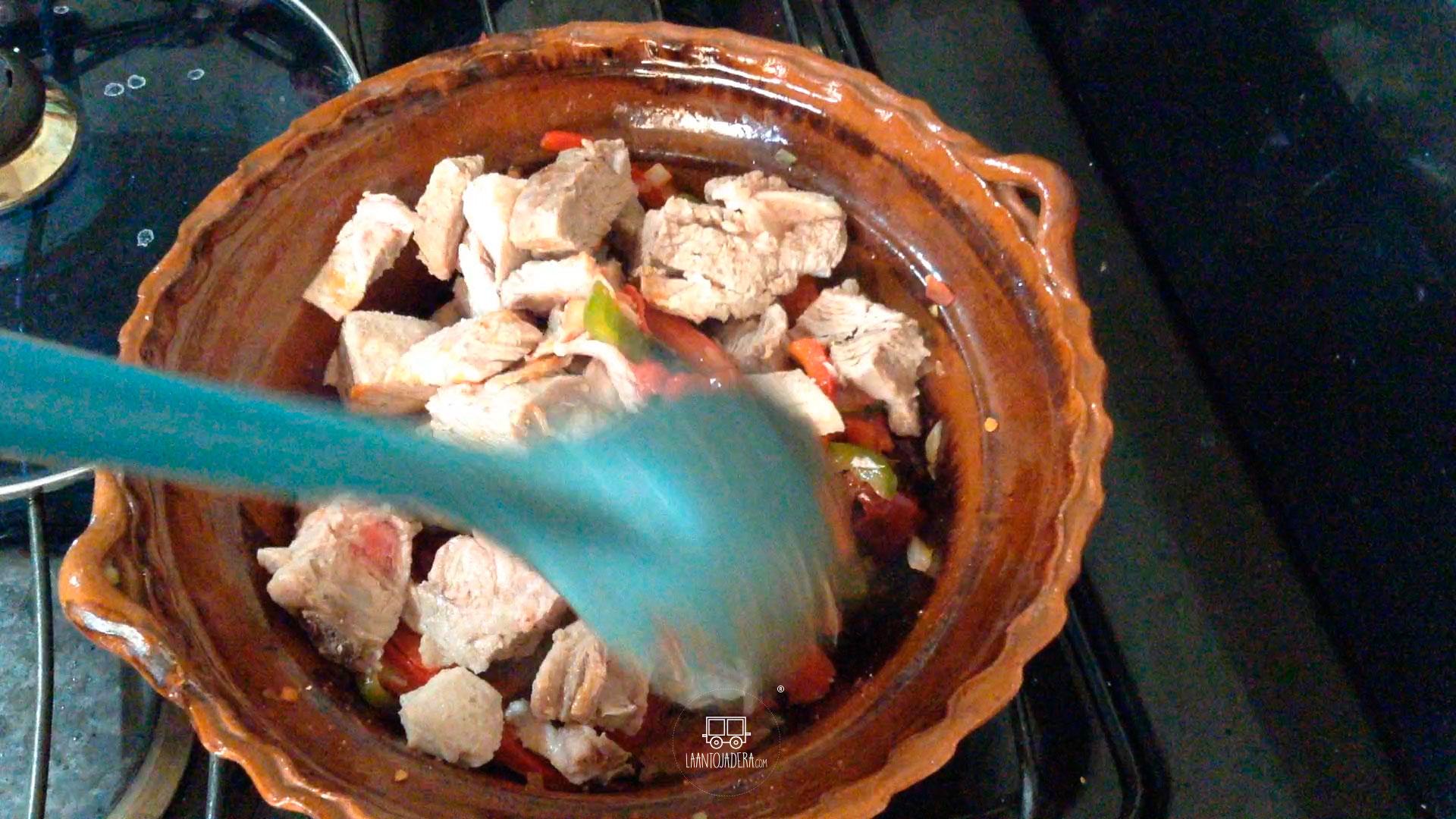 La Antojadera | Costilla de Cerdo con Pimientos