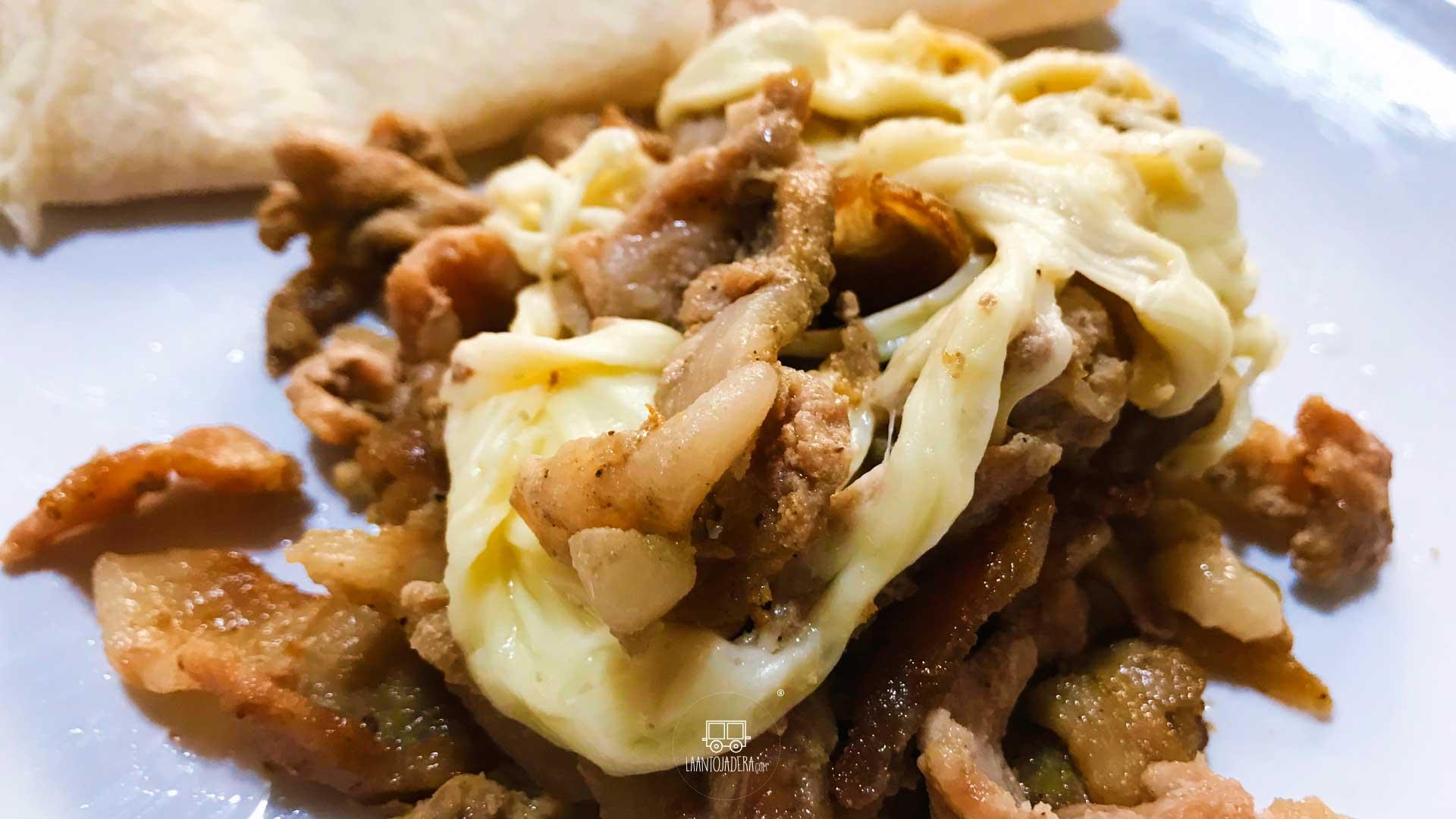 La Antojadera | Bistec con Queso