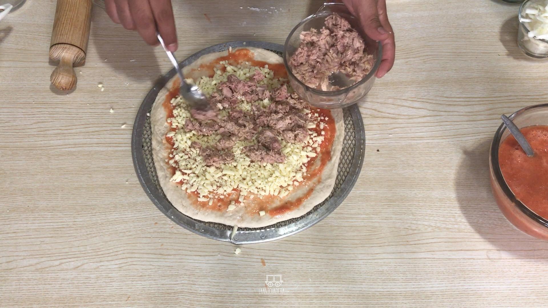 La Antojadera | Pizza de Atún
