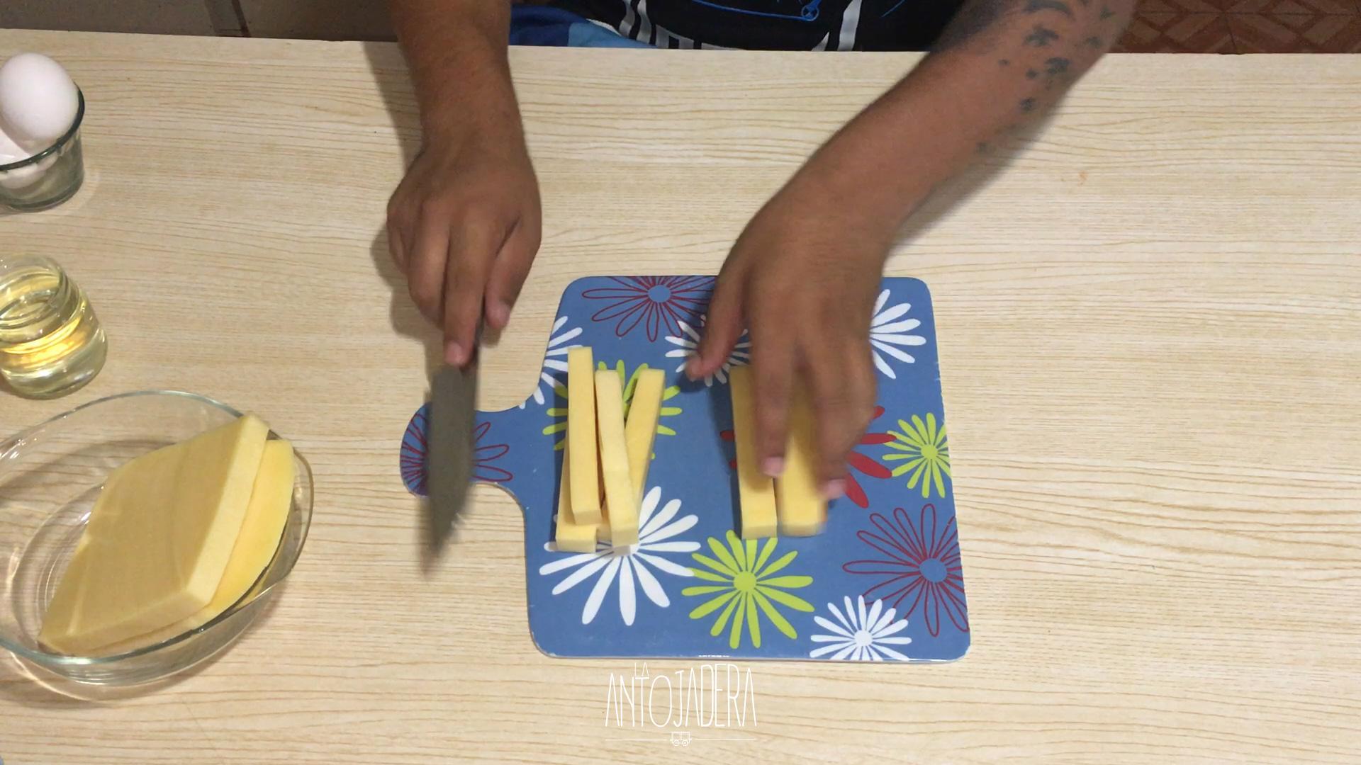 La Antojadera | Dedos de Queso