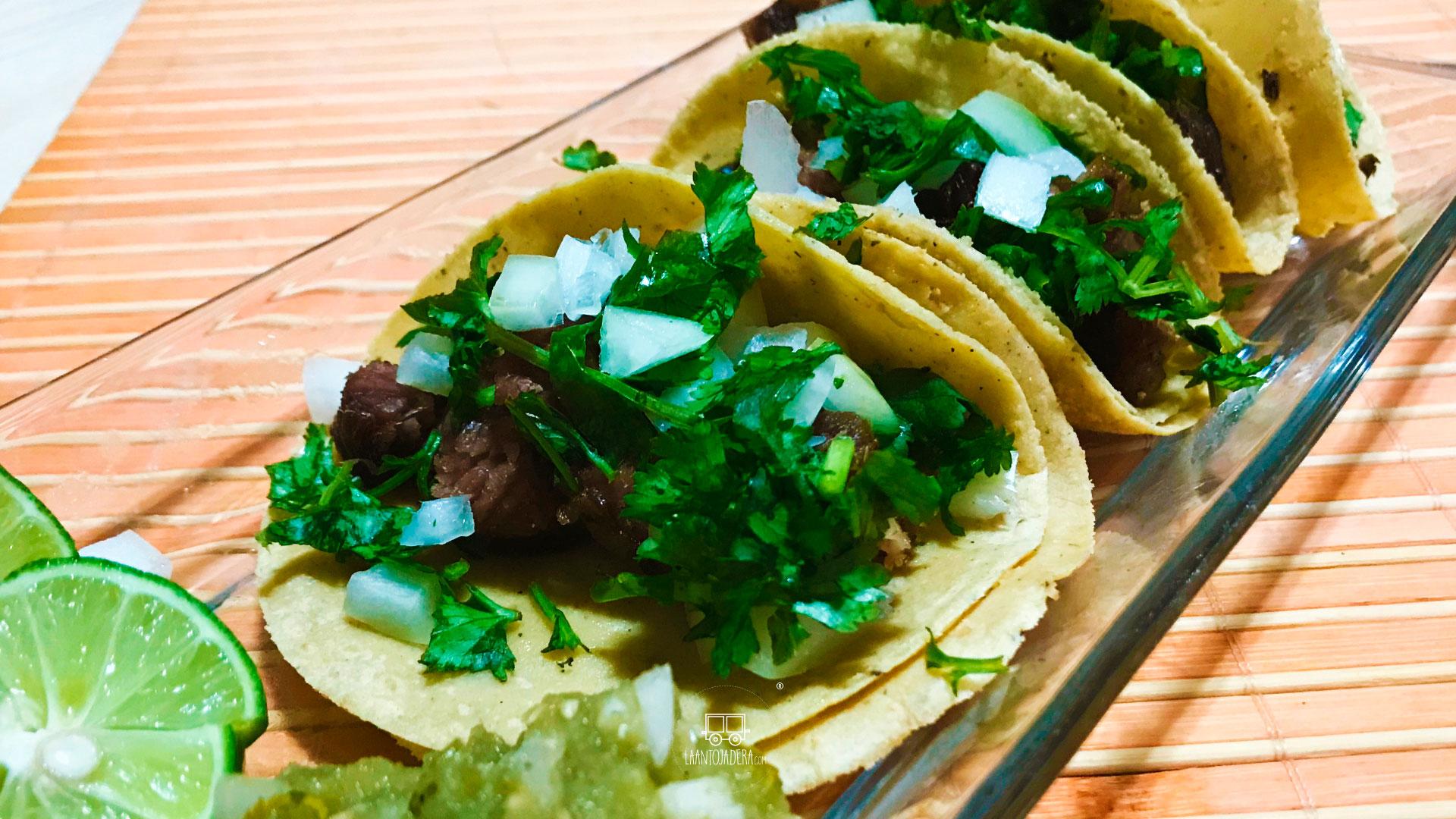 La Antojadera | Tacos de Suadero de Puesto