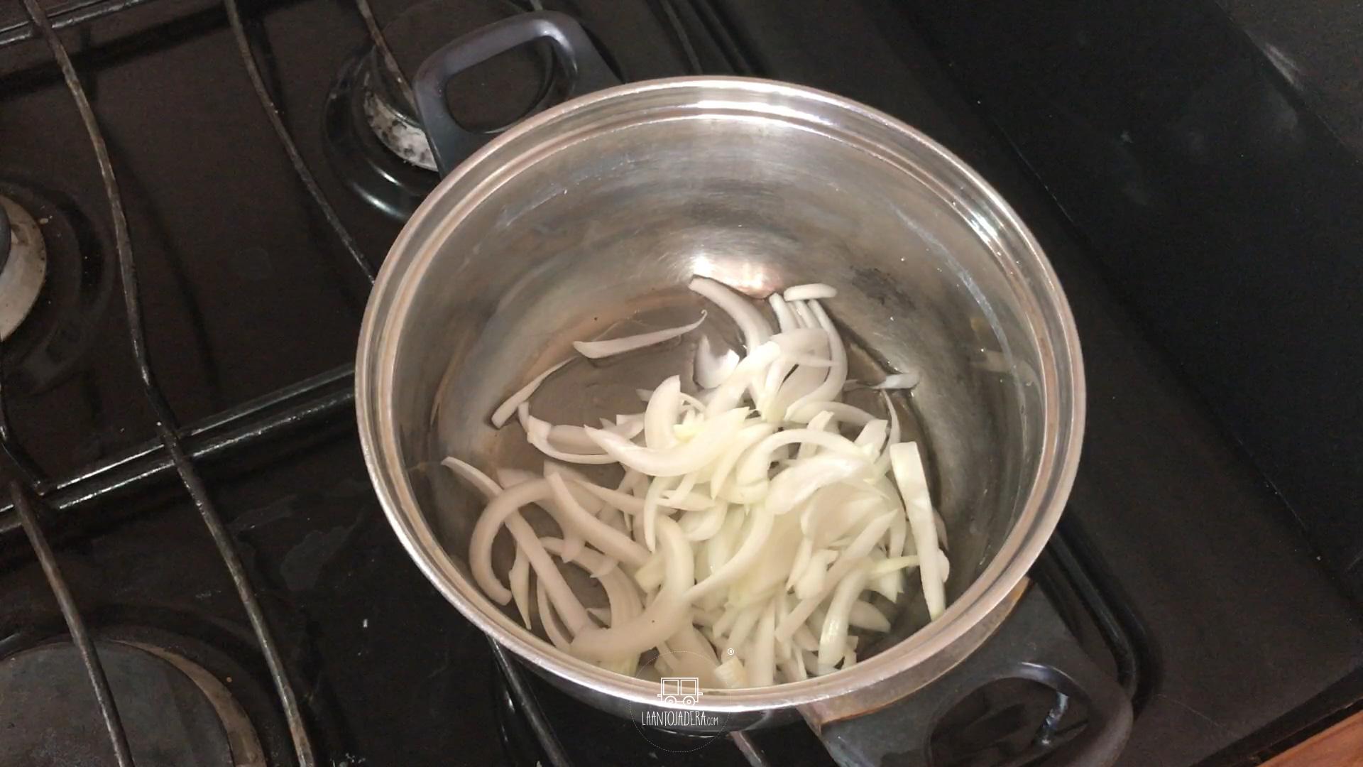 La Antojadera | Sopa de Nopales