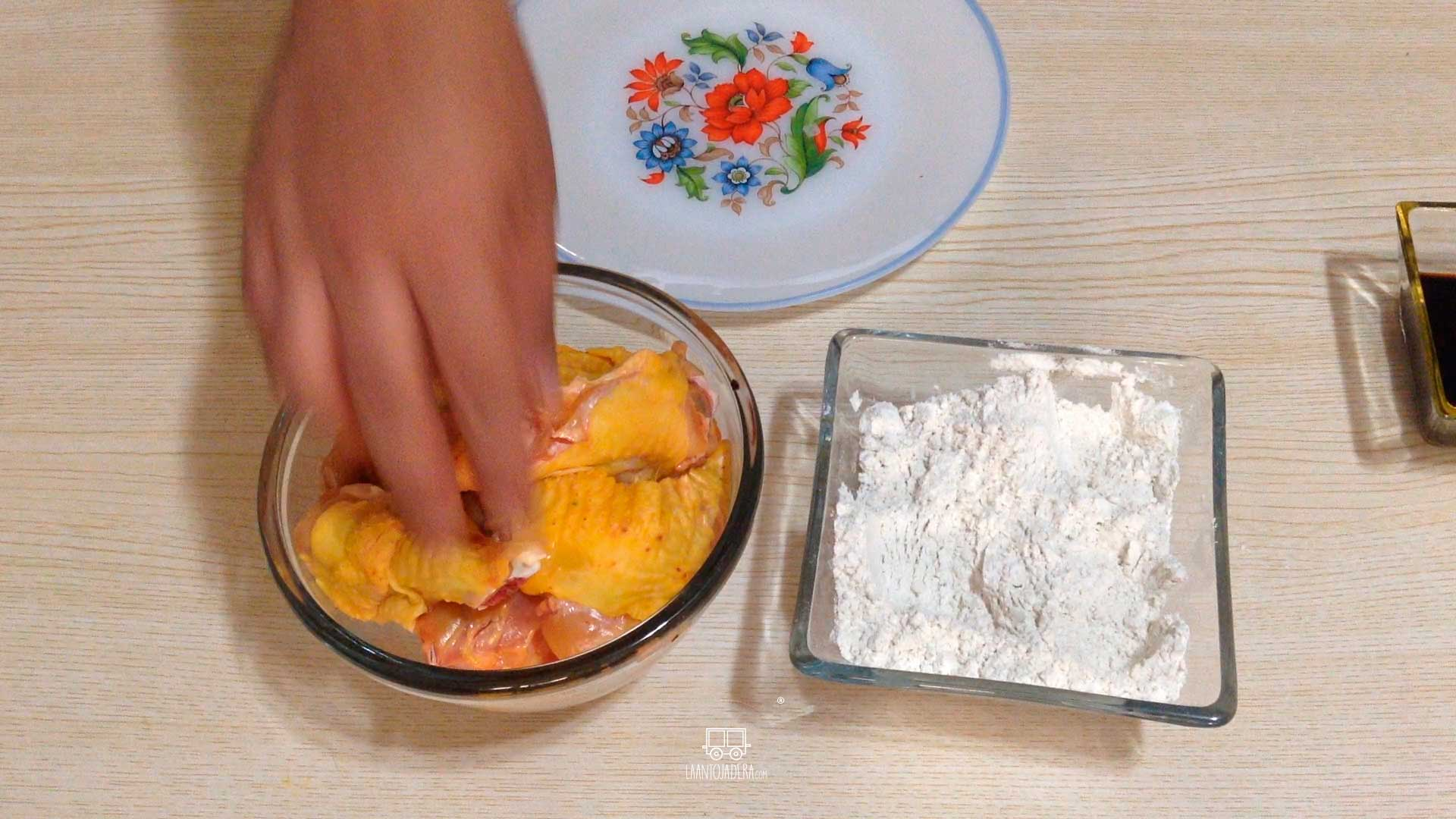 La Antojadera | Alitas con Salsa de Miel y Ajo