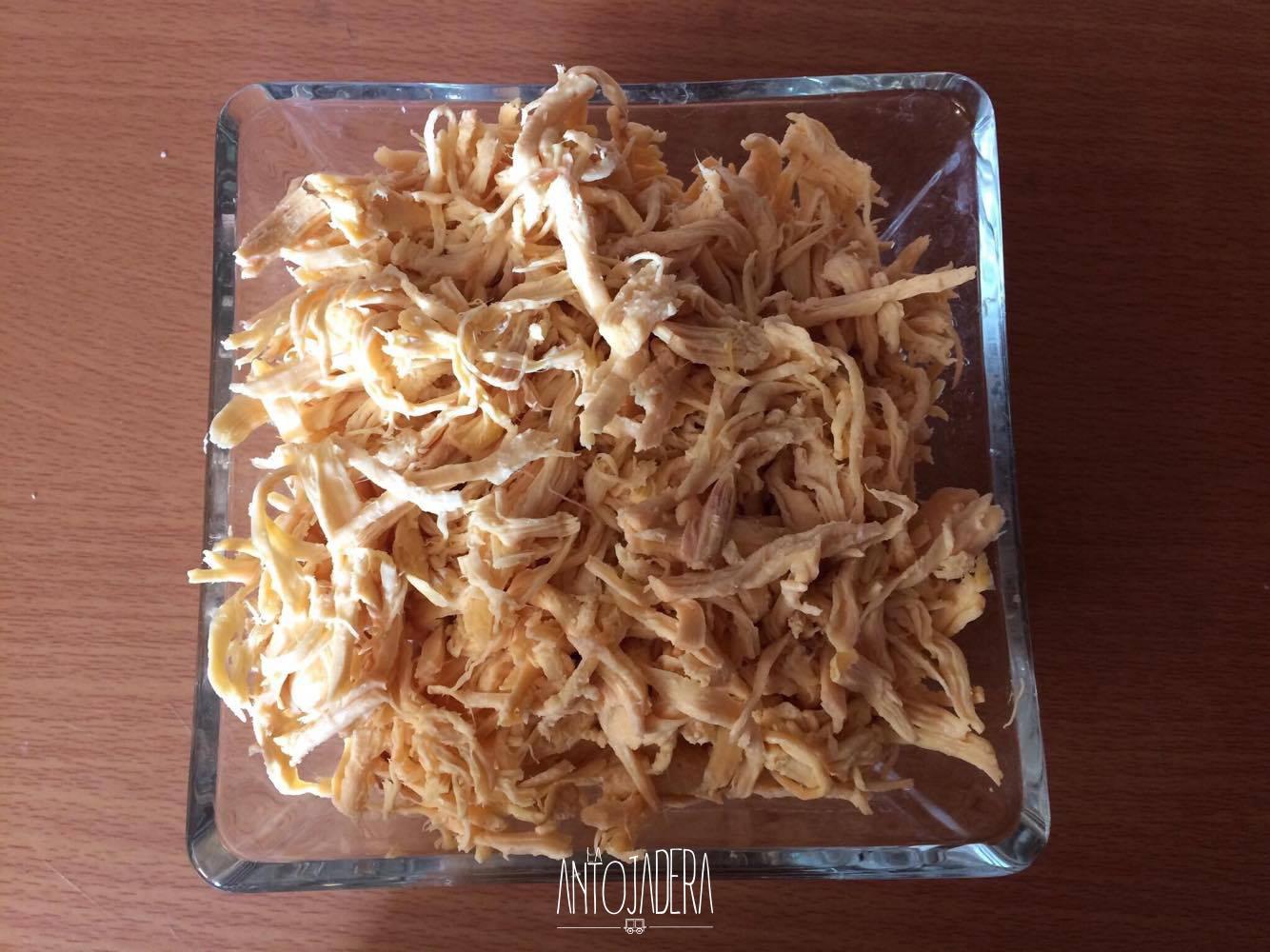 La Antojadera | Tortitas de Pollo con Caldillo de Jitomate