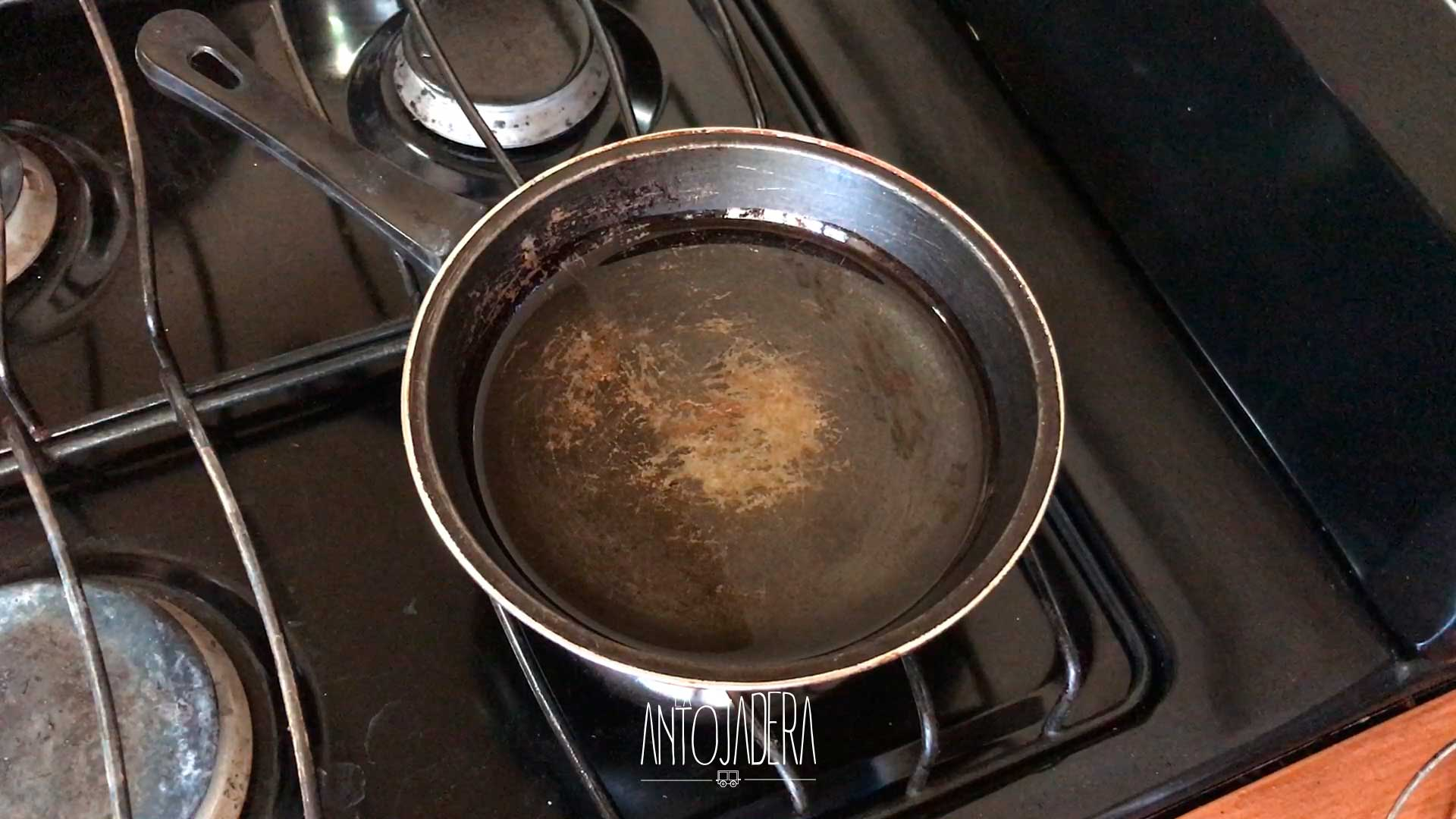 La Antojadera | Hot Dog Frito