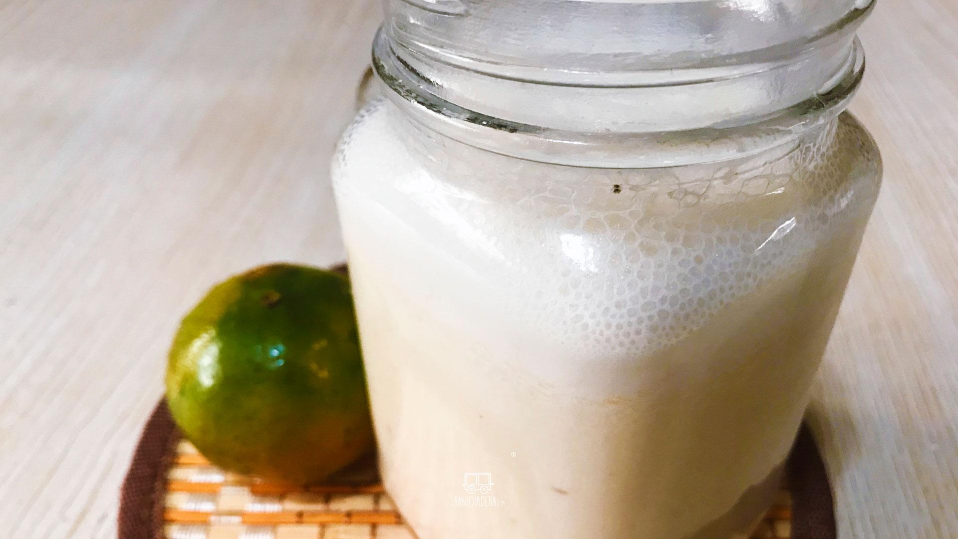La Antojadera | Licuado de Mandarina y Plátano