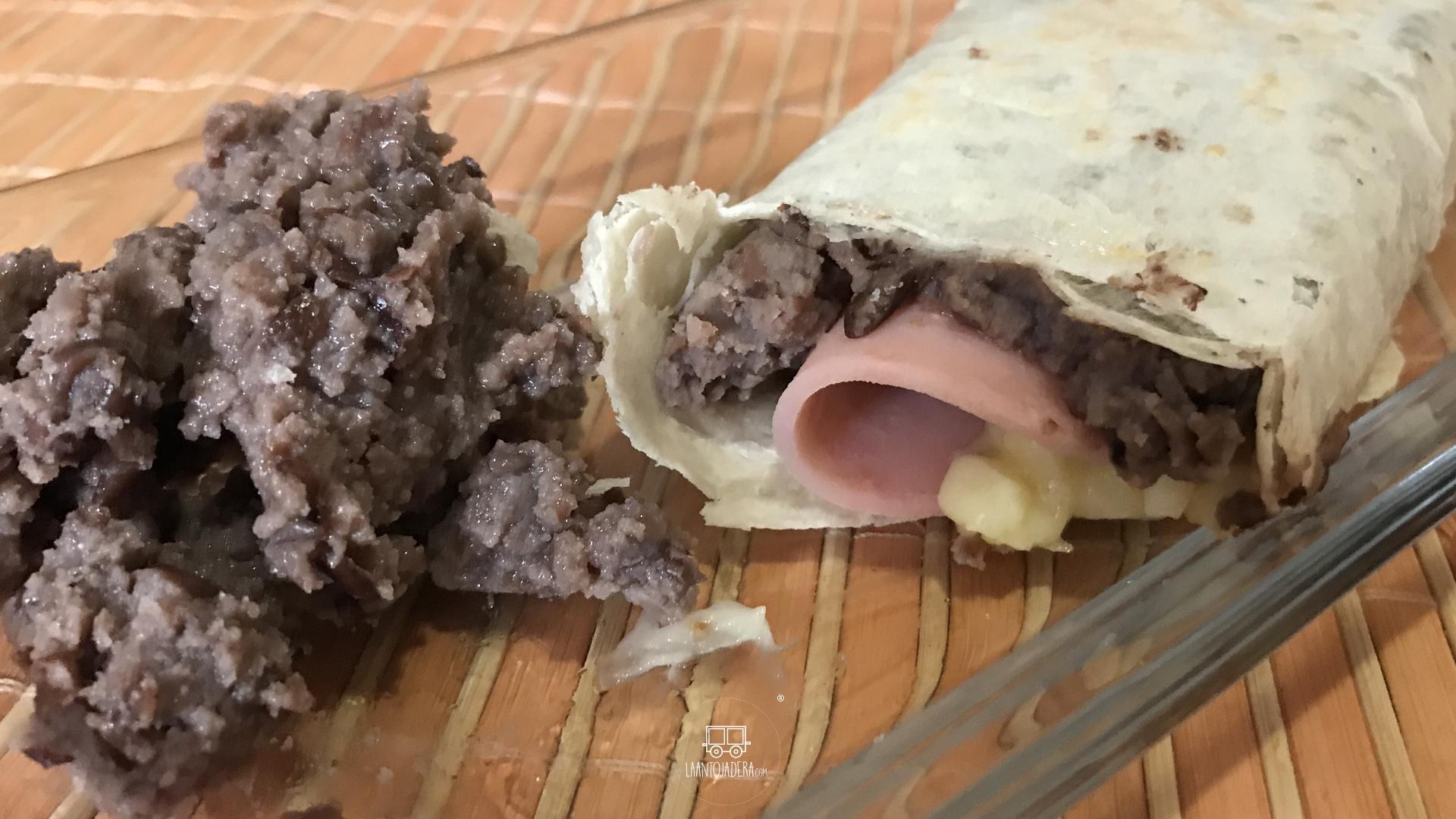 La Antojadera | Burrito de Jamón con Queso