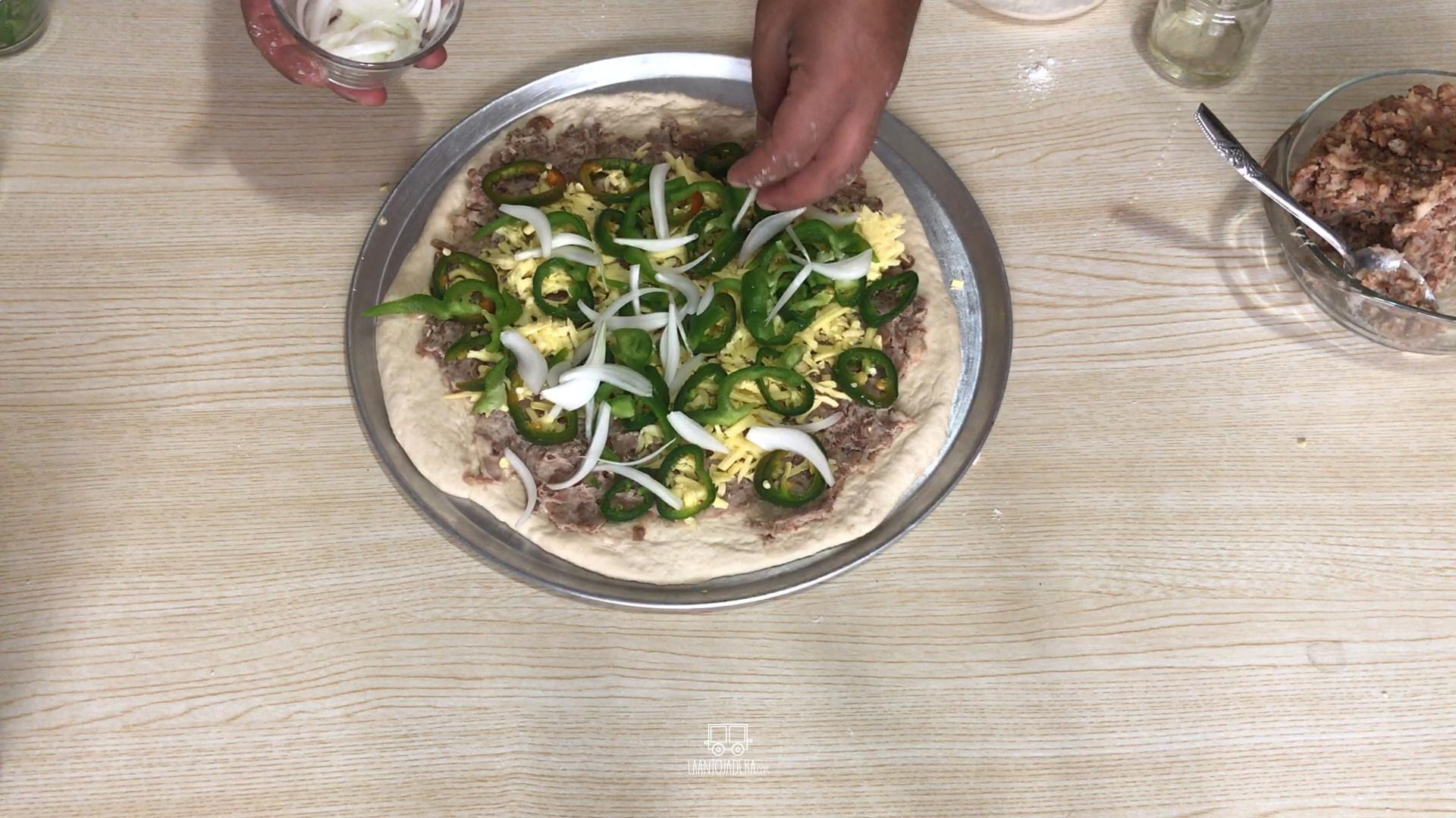 La Antojadera | Pizza a la Mexicana
