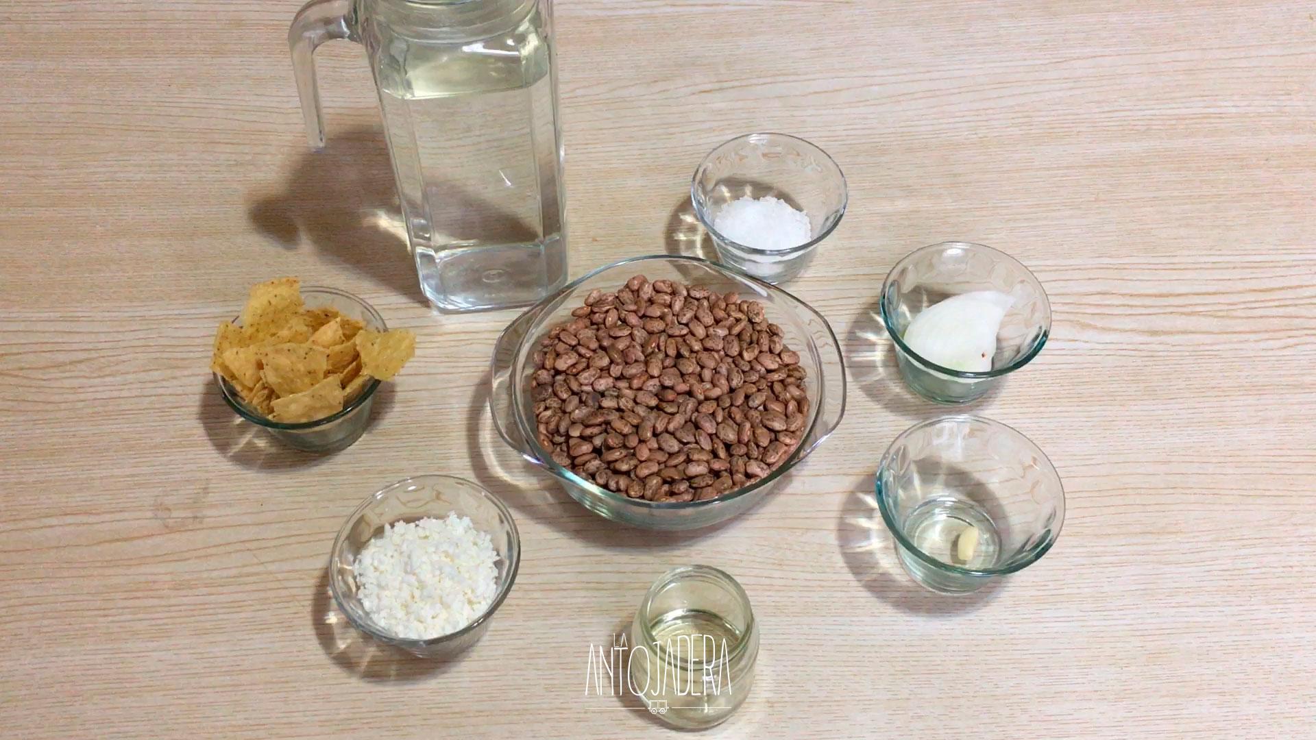 La Antojadera | Frijoles Refritos