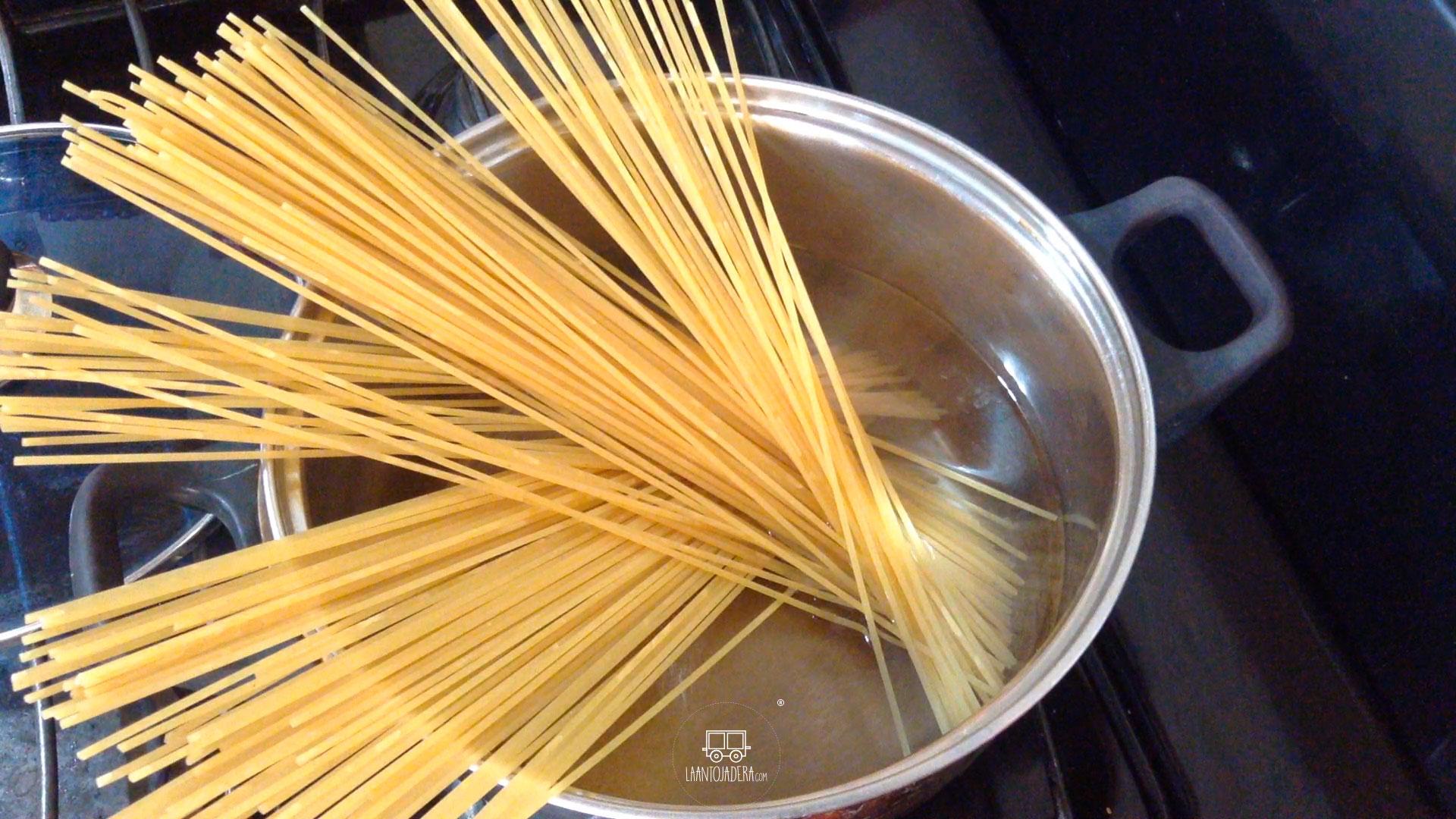 La Antojadera | Espagueti Blanco